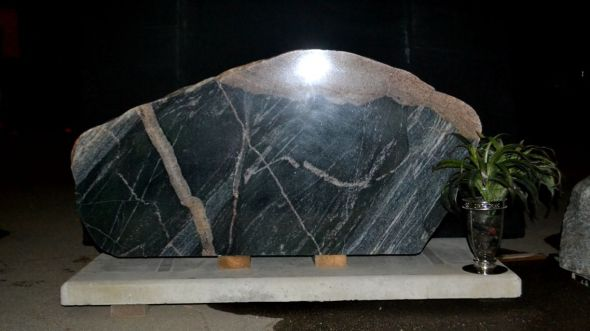Polished Front Boulder For Memorial